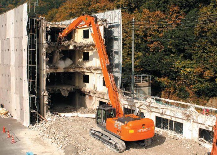 Экскаватор для сноса зданий и сооружений Hitachi ZX350LCK-3 Demolition