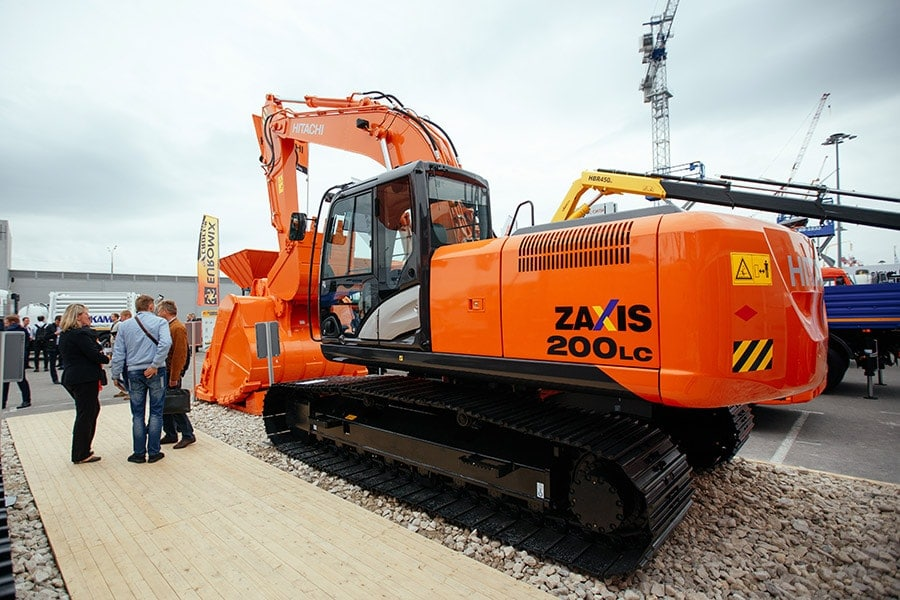 Экскаватор ZX200LC-5G в комплектации с 800-миллиметровыми башмаками